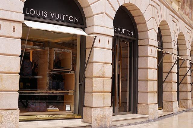 obchod Louis Vuitton