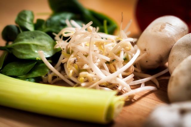 čerstvá zelenina s výhonky
